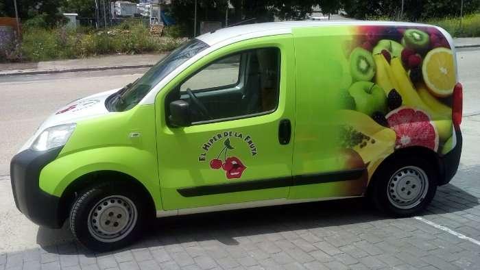 Rotulacion de vehiculos con impresión digital proyecto El hiper de la fruta coche 01
