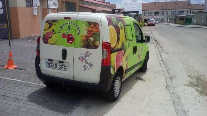 Rotulacion de vehiculos con impresión digital proyecto El hiper de la fruta coche 03