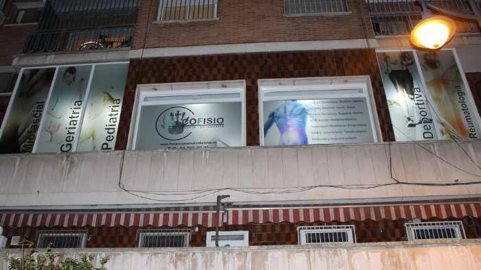 Grafinort Centro Gráfico Empresarial Decoración de cristaleras proyecto 02